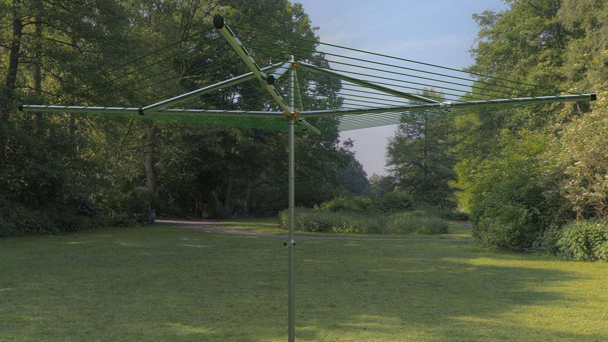 adjustable height outdoor clothesline